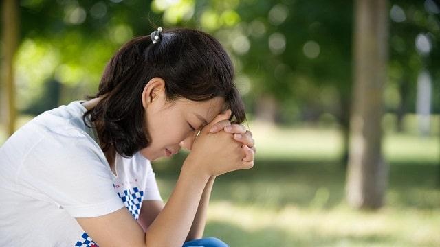 क्यों उपवास और प्रार्थना चर्च में वीरानी के मुद्दे को हल नहीं कर सकते
